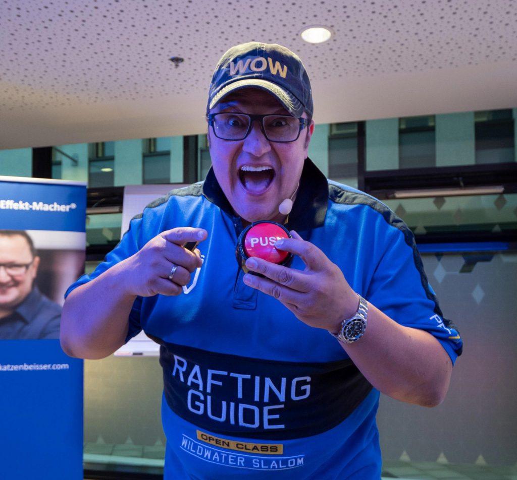 Hannes Katzenbeisser mit Push-Button