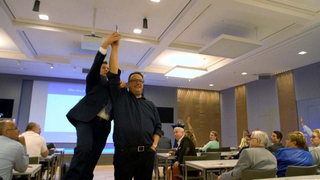 Hannes Katzenbeisser mit Seminar-Ticket-Gewinner